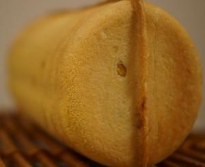 コーンつつパン